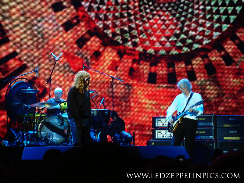 Led Zeppelin Photo Dec 10th 2007 o2 arena reunion ahmet tribute